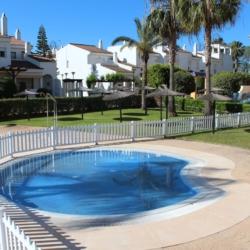 alquilar casa con piscina en Costa Ballena (Cádiz)